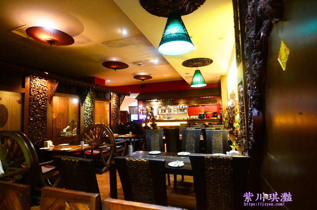 高雄新泰城用餐環境-0001