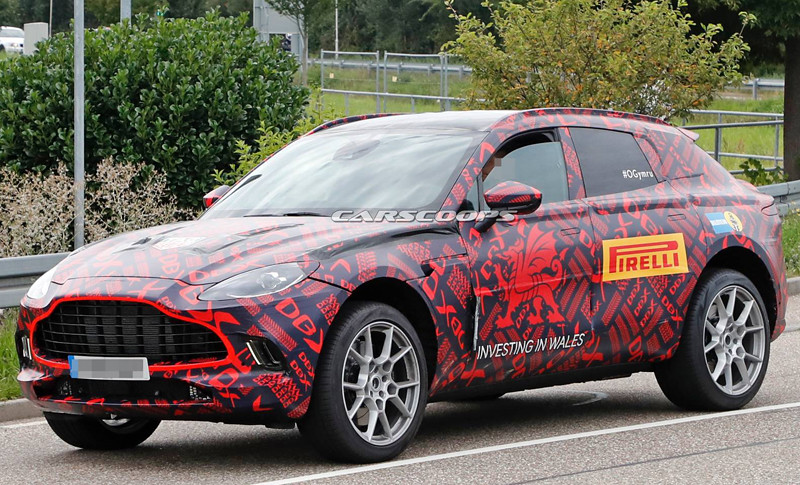40511935-2020-aston-martin-dbx-spy-shots-4