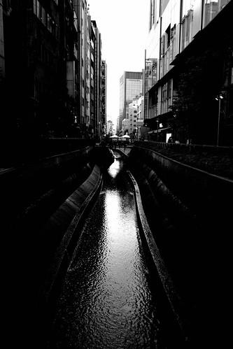 tokyo monochrome 58