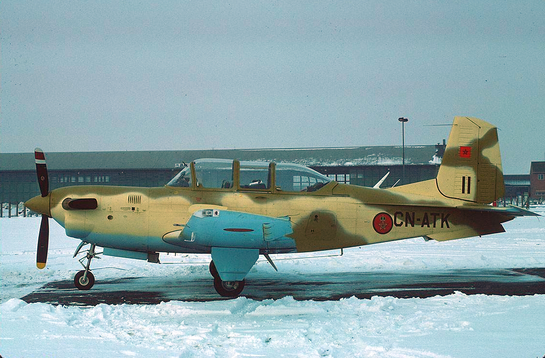 FRA: Photos anciens avions des FRA - Page 12 48650794366_e576a1b9d3_o