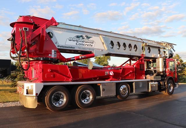Oostburg Concrete Conveyor Truck