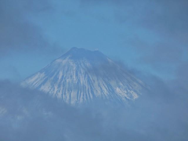 Cráter del volcán klyuchevskoy en Kamchatka (Rusia)