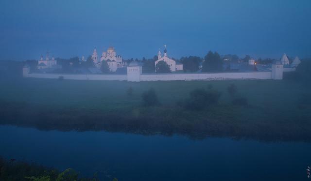 RUS72534 - Foggy Morning. Monastery