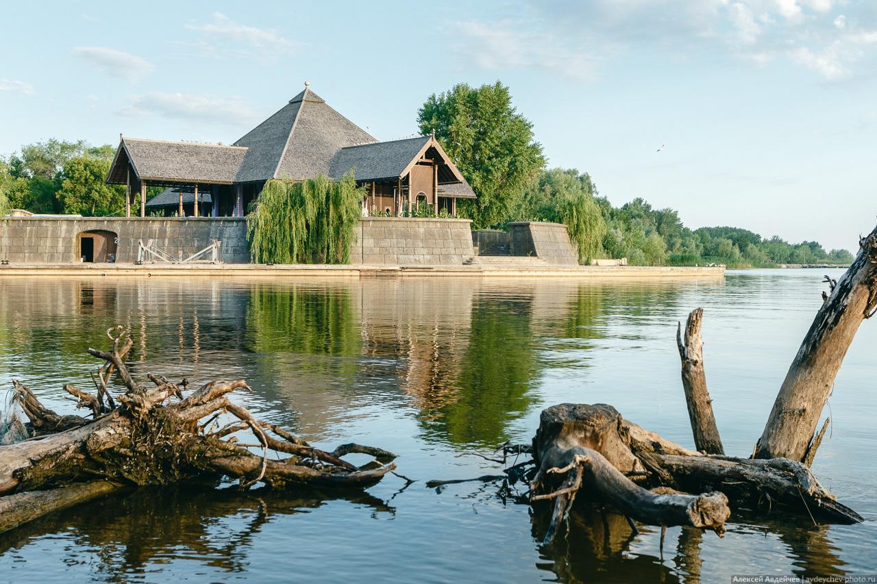 Порт Гарибальди в селе Хрящёвка (Самарская область)