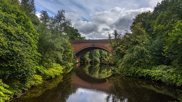 Queen Margaret Bridge over the River Kelvin in Glasgow Botanical Gardens