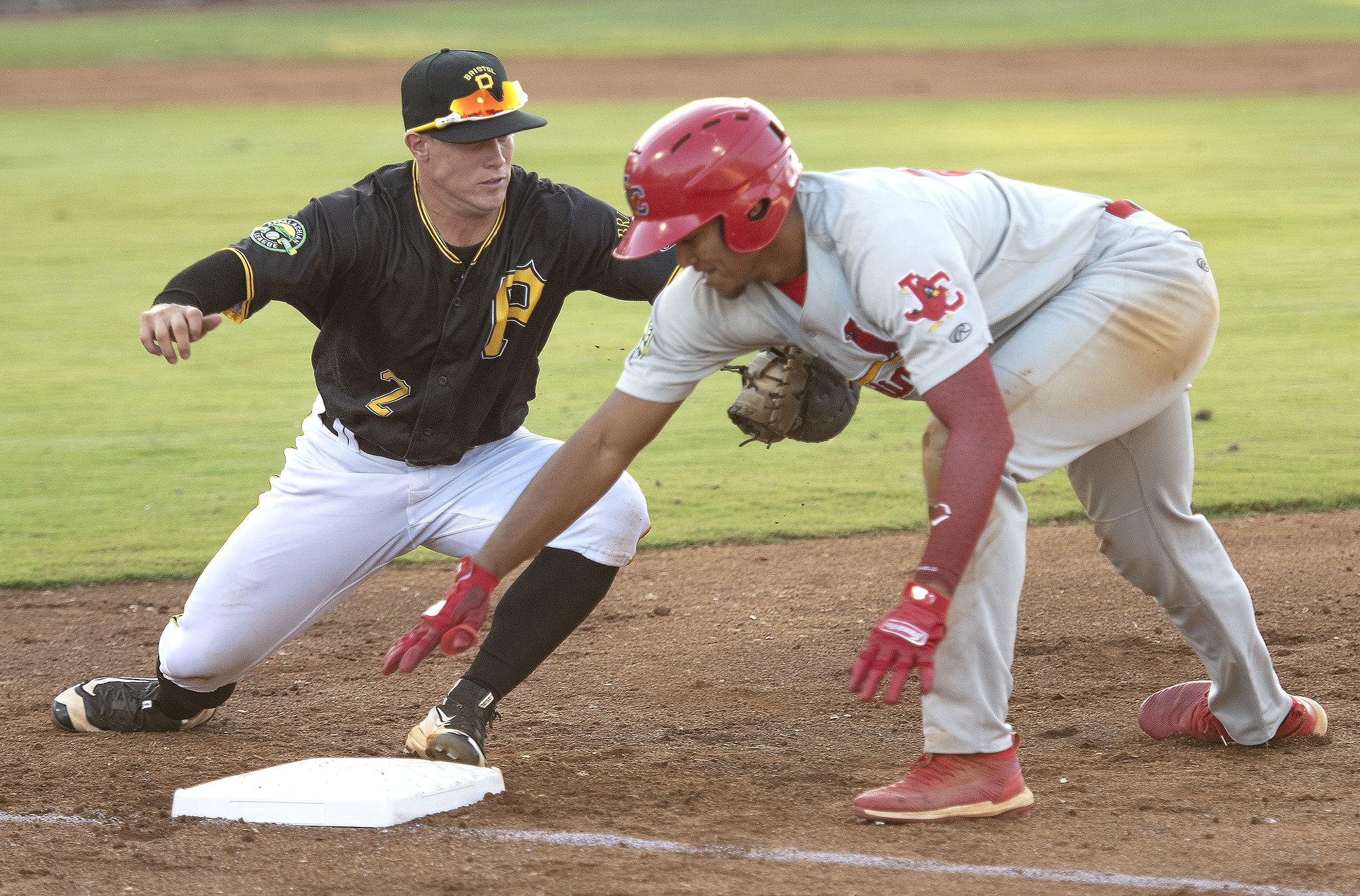 Pirates vs Cardinals Baseball
