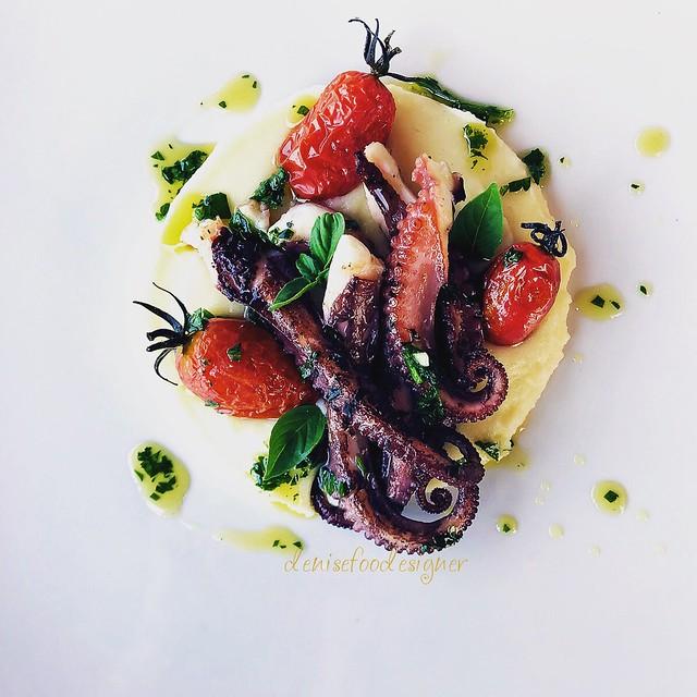 Polpo, patate e prezzemolo - Octopus, potatoes and parsley
