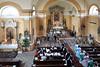 Beim Festgottesdienst in der Billeder Kirche wird der Forumsvorsitzende Adam Csonti vom DFDB-Vorsitzenden Johann Fernbach geehrt