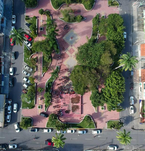 Praça da Kalilândia Feira de Santana, Bahia, Brasil #dronephotography #djispark #drone #DroneDJI #DroneBahia #aerial_view #aerialview #viewfromthetop #dji  #drones #dronelife #droneworld #droneshot #aerialphotography