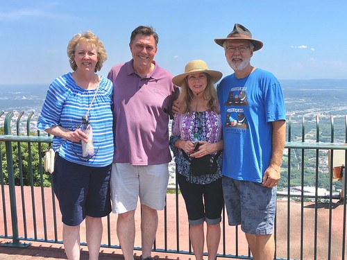 Sharon and Ken, Janet and Bob atop Lookout Mtn. | by Robert M. Hoge (AKA - Lasre)