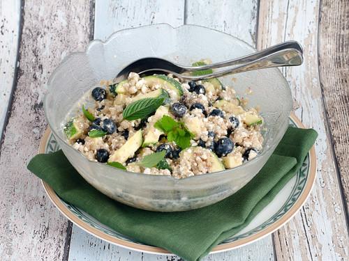 Quinoa-Salat mit Blaubeeren (2)