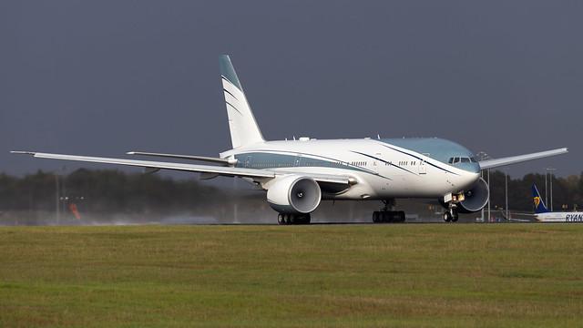 Aviation Link Company Boeing 777-2KQLR VP-CAL