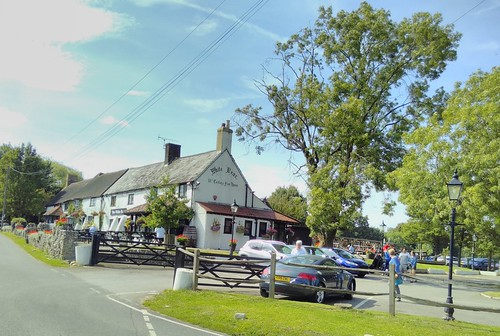 Pub on Cycle Route 21