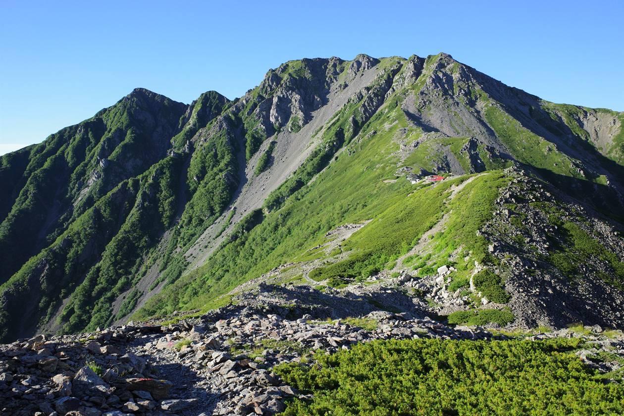 農鳥岳(南アルプス、3051m)
