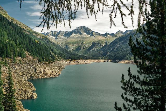 Lago di Malga Bissina