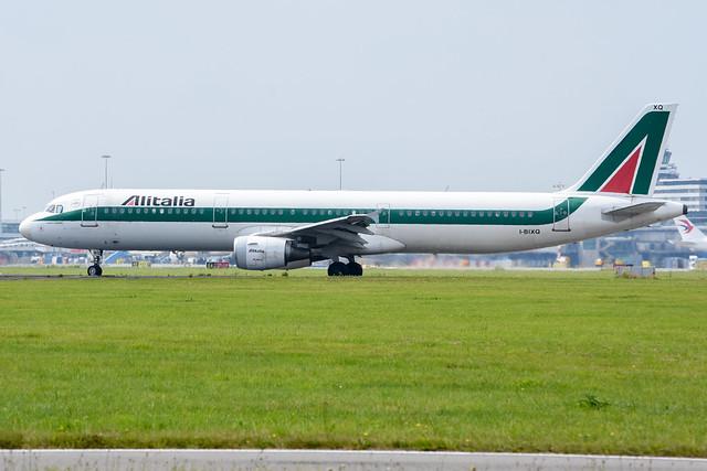 Alitalia A321-112 I-BIXQ