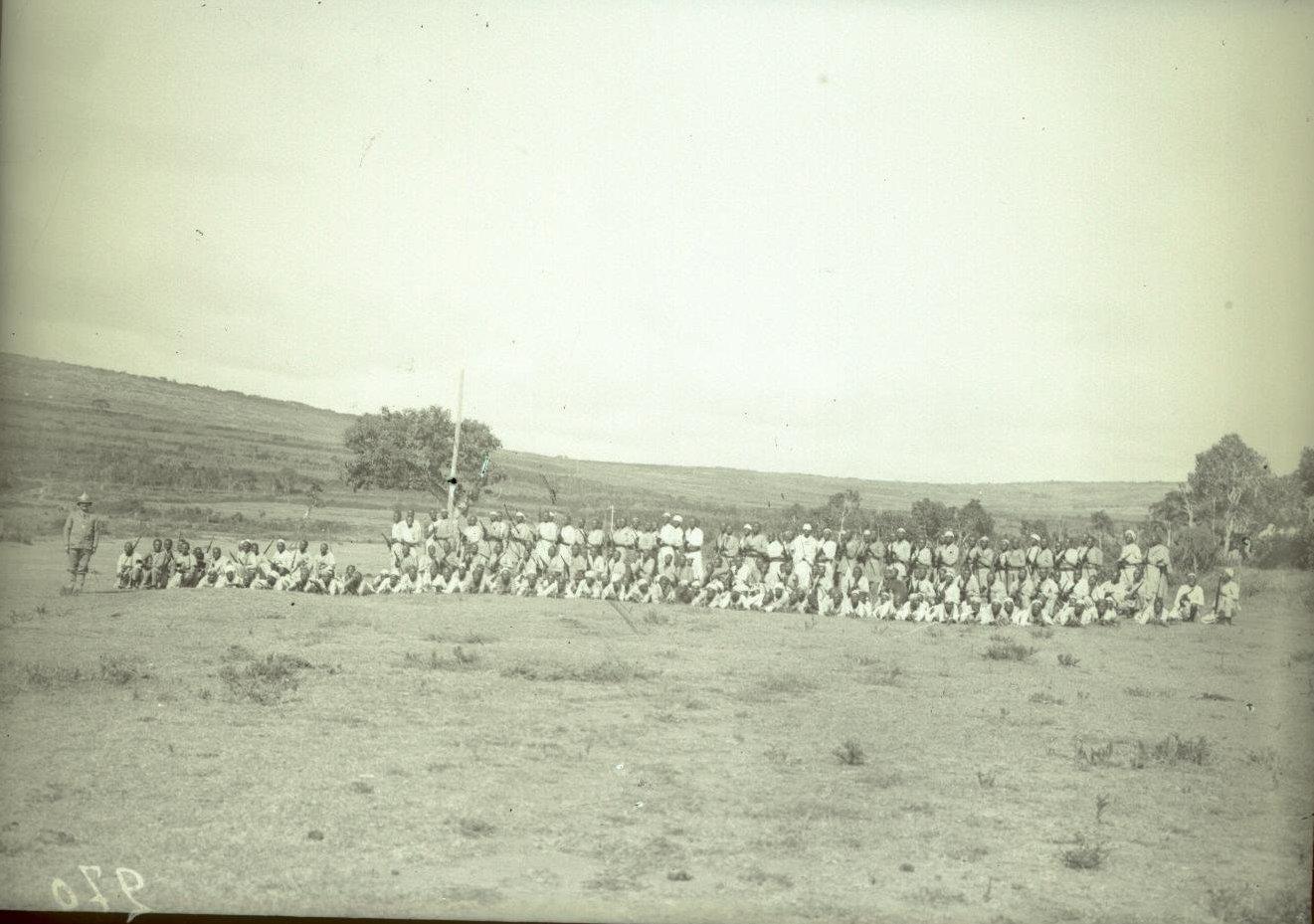 270. Абиссиния, провинция Харар, г. Харар. Солдаты-шанкала