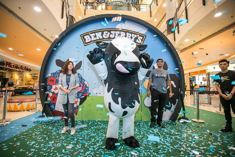 The Launch of Malaysia's First Ben & Jerry's Scoop Shop - [L-R] Koh Tsu Lynn (Category Lead for Ice Cream), Woody (Ben & Jerry's mascot), Shiv Sahgal (Food and Refreshments, Marketing Director of Unilever Malaysia)