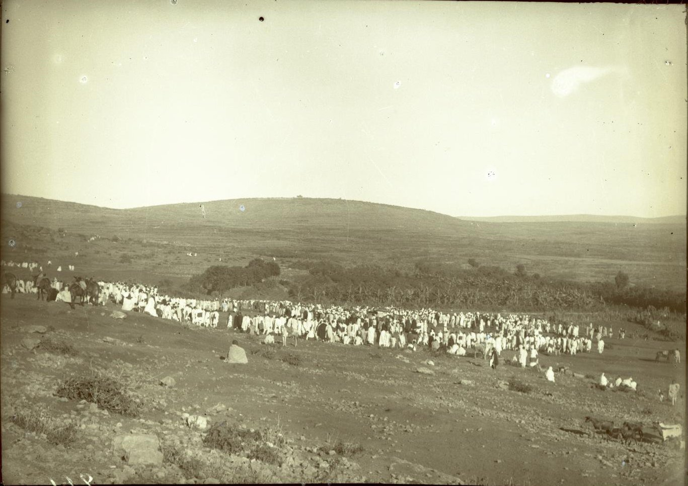 261. Абиссиния, провинция Харар, г. Харар. Крестный ход