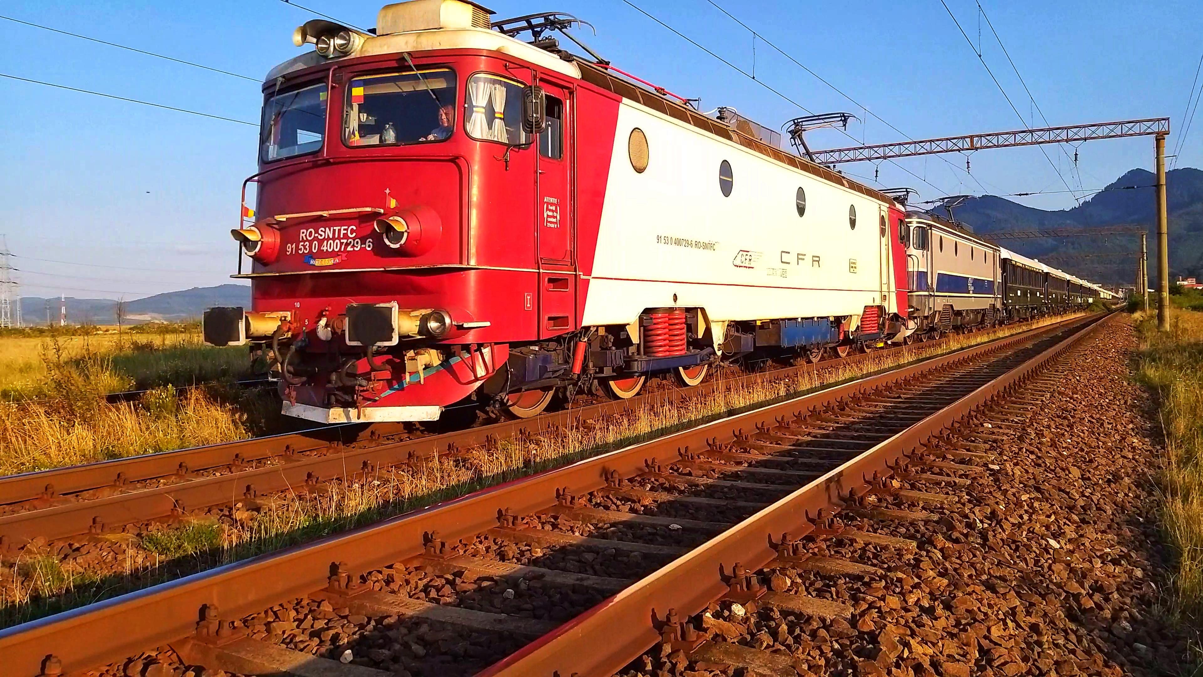 Orient Express 2019 48659766566_a98d0fbd87_o