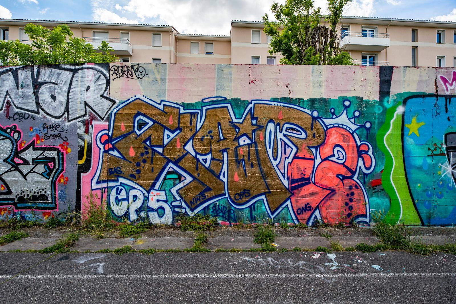 FLAIR2 ART GRAFFITI WALL