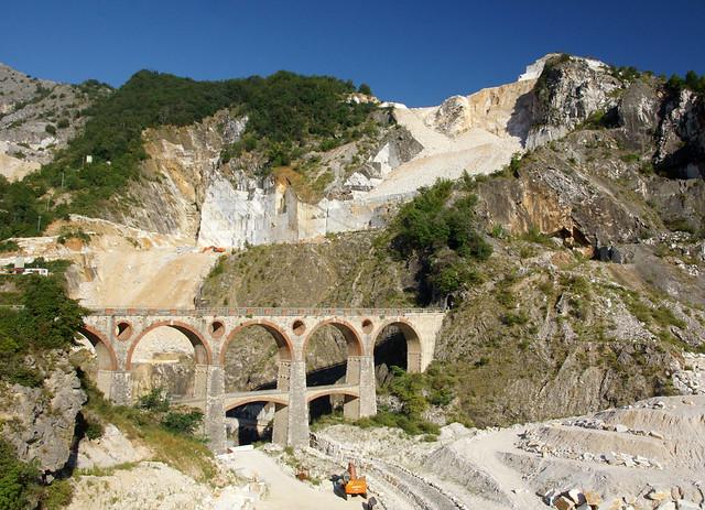 Tratto dei ponti di Vara a Carrara