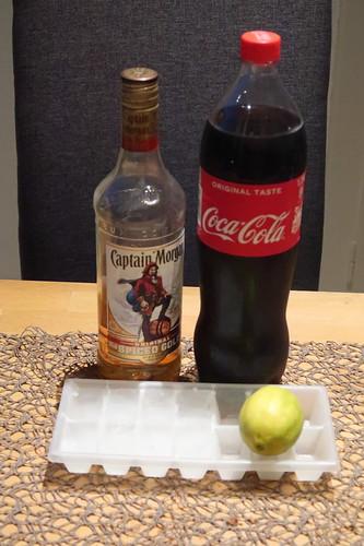 Zutaten für Rum Cola Version: Captain Cola