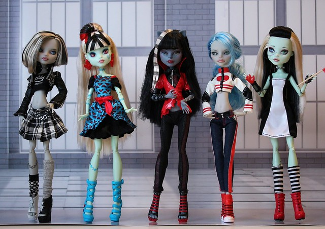 More Monster High one-of-a-kind