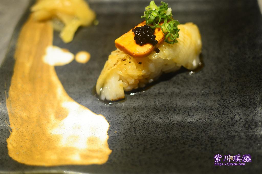 高雄黑魚子醬壽司-0001