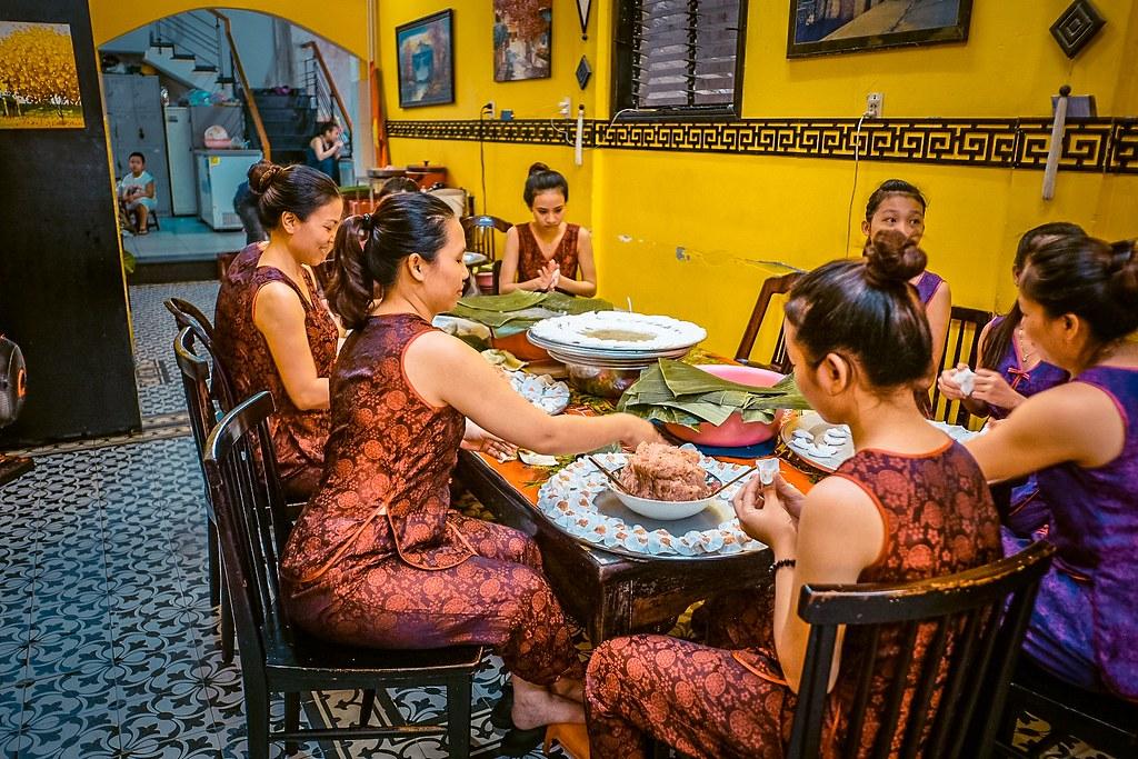 Hoi An Women making White Rose Dumplings at the Restaurant