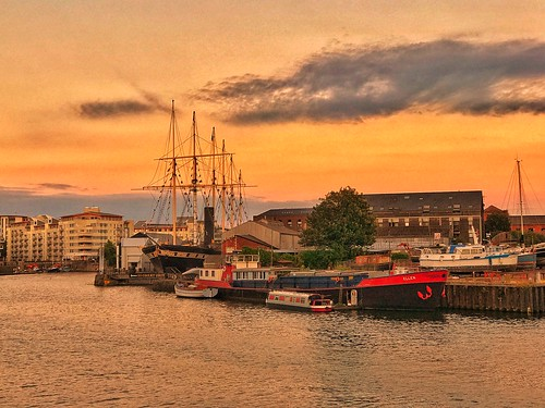 sunset twilight dock ssgreatbritain hotwells bristol mobilephotography iphonephotography iphone7plus