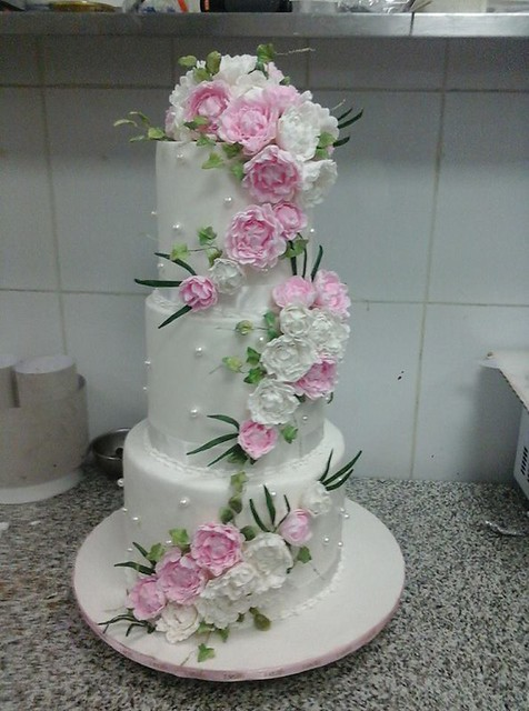 Cake by D & S Top Cakes