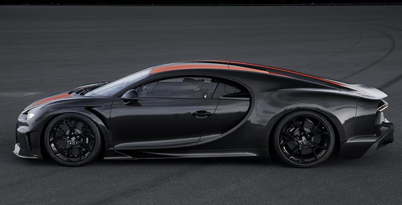 62ff8537-bugatti-chiron-topspeedrun-01