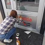 Elda-butiken - skyltning