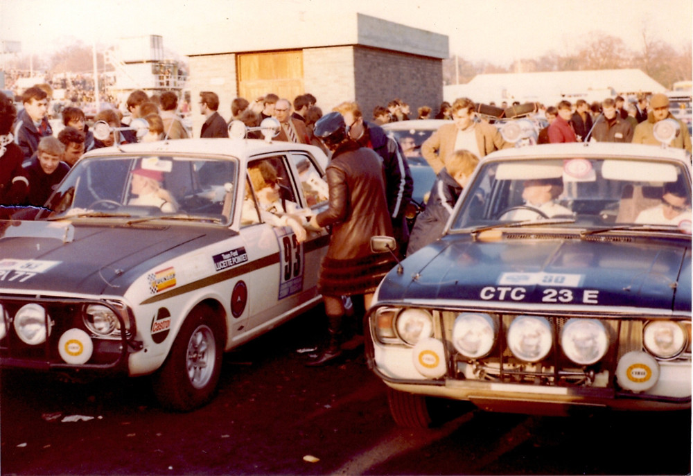 60.2.2-Lotus-Cortina-London-Sydney-Rosemary-Smith