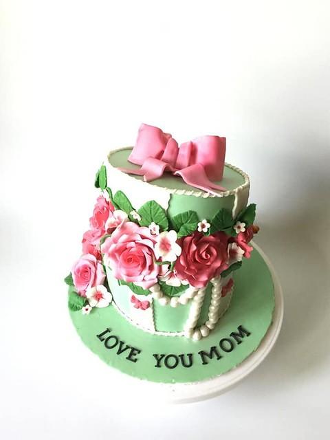 Cake by Fondant Cake Adventure