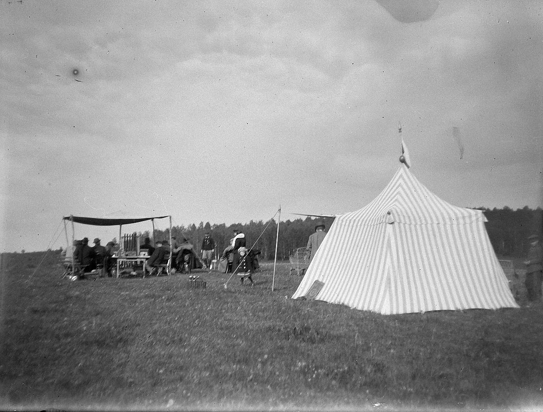 1899. 30 мая. Стрельбы в Химках. Общий вид стенда
