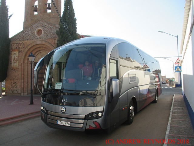 2019 0913 05 MERCEDES SUNSUNDEGUI SC7 COACH TGS ON HIRE TO GIL-SAN S L 1285HZG IN PUERTO LAPICE