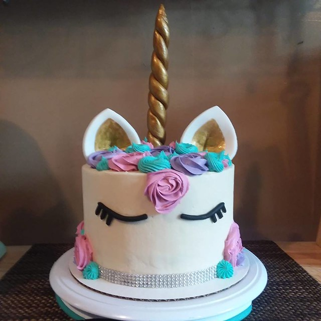 Unicorn Cake by Koko Dott Cakes