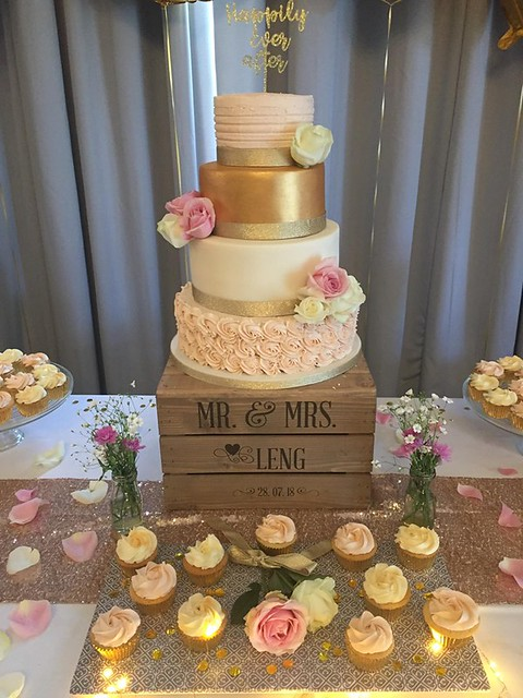 Cake by Emma's Cakes and Bakes