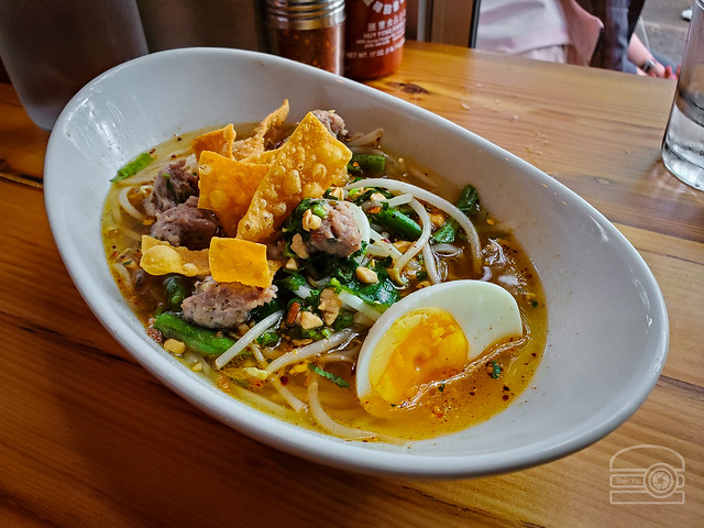 Sukothai - ground pork, cilantro, peanuts, green beans, egg, spicy lime broth - Noodlehead