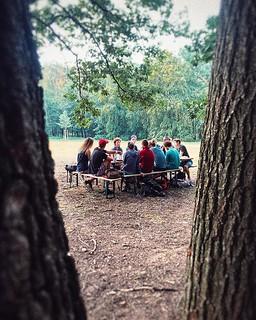 Unser Meeting findet heute in Raum 053 statt. • • • • #lieberdraussen #lieberdraussenalsdrinnen #meetingroom #naturpur #waldhochseilgarten #kletterwald #hochseilgarten