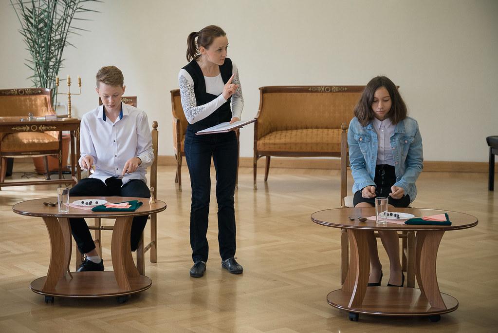 Азбука этикета в «Тарханах»: необычный урок для старшеклассников в День знаний 1 сентября 2019 года