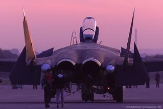 Su-47 sais goodbye to MAKS 2019