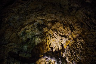 Poole's Cavern | by scilly puffin
