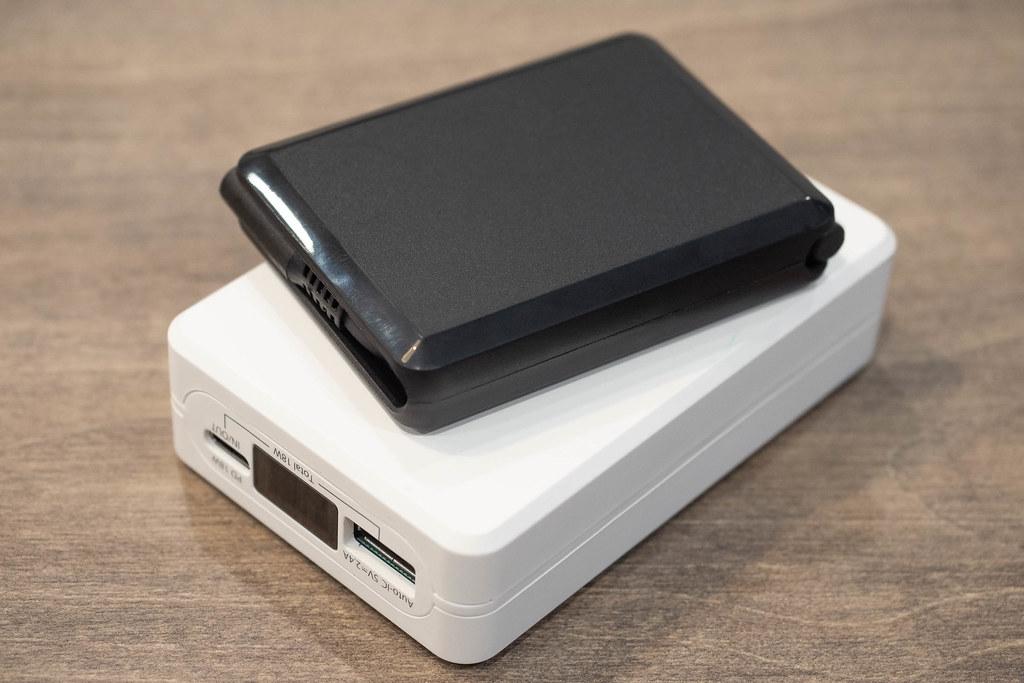 MCO_USB-C_Lightning-14