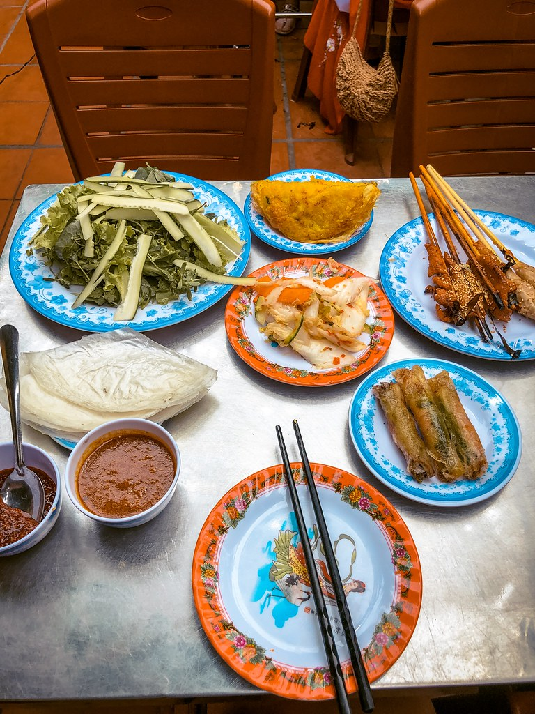 Banh Xeo sides at Bale Well