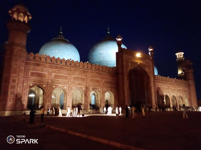 Picture by tapping on mosque with tecno spark Go
