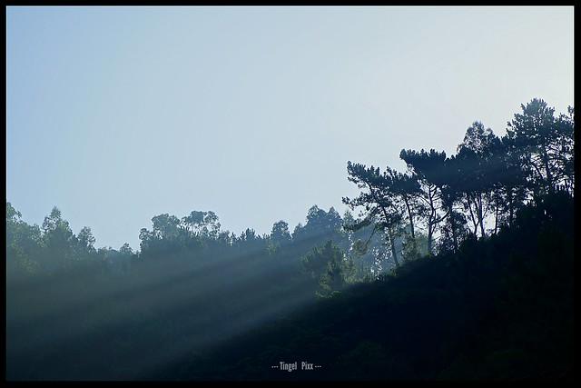 ... Wenn die ersten Sonnenstrahlen über den Berg blinzeln