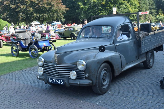 Peugeot 203C8 1956